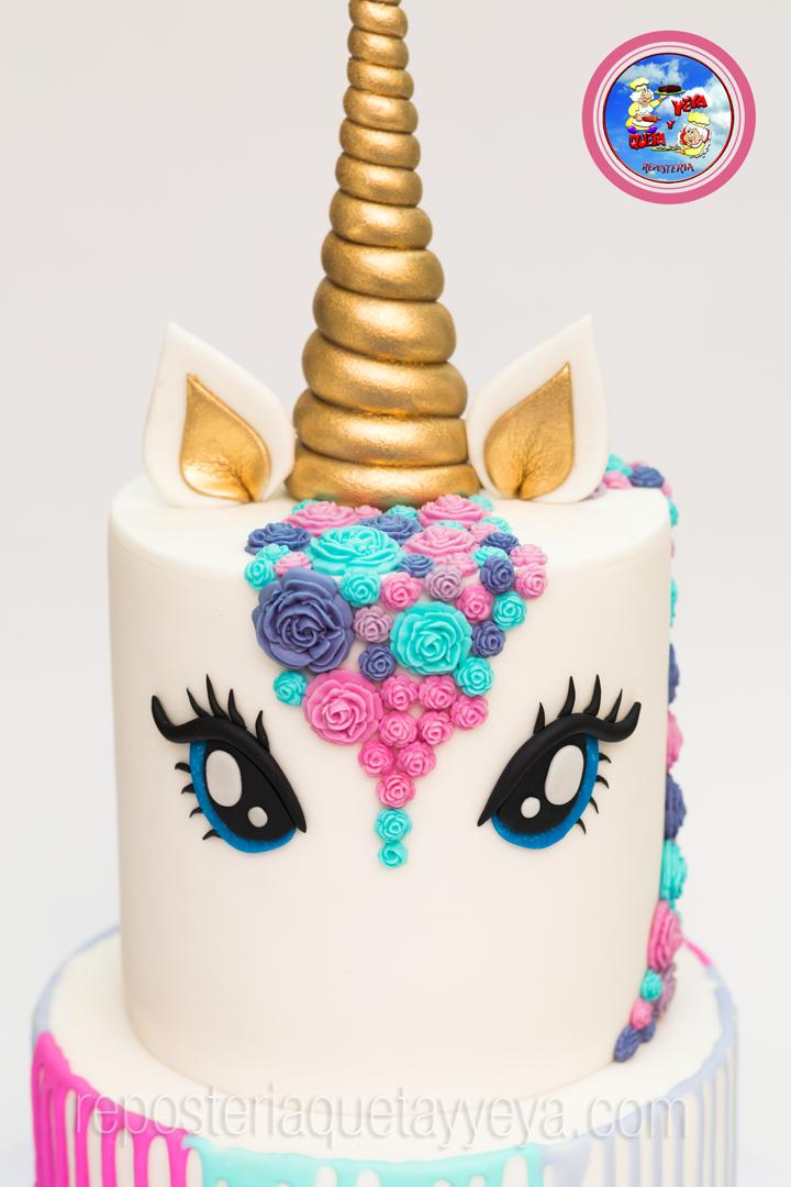 Taller torta unicornio en fondant reposteria queta y for Decoracion para la pared de unicornio