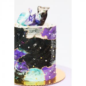 Black purple cake